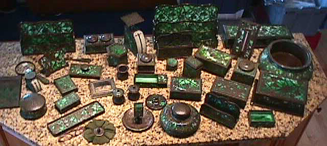34pcgrapeset.jpg (72892 bytes) - Tiffany Grapevine Desk Set Pieces